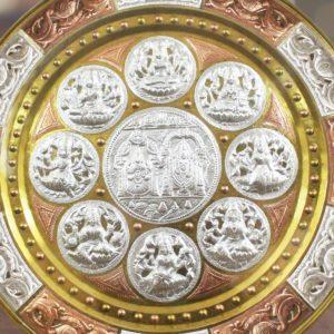 GiTAGGED Ashta Lakshmi with Venkateshwara Tri-Metal Thanjavur Art Plate Online (2)