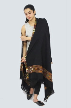 Kullu-hand-embroidered-shawls A2