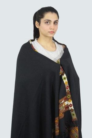 Kullu-hand-embroidered-shawls A5