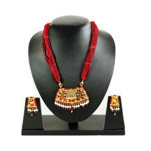 thewa art red bead jewellery