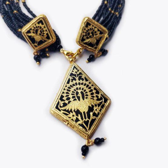 traditional thewa jewellery