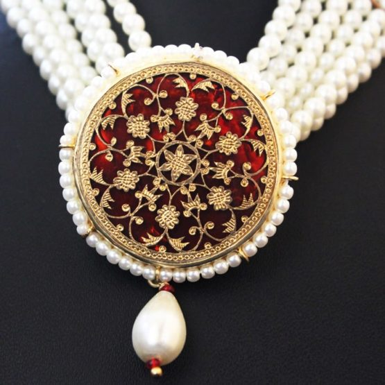 White Pearl Gold Jewellery Set Online 3