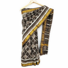 beautiful maheshwari border sarees