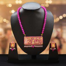 traditional thewa gold jewellery 1