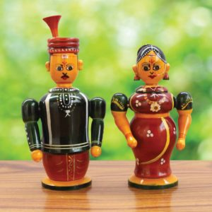 Etikoppaka Couple Toy Online (1)