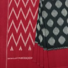 Circle Pattern Pochampally Ikat Saree with Seamless Design Pallu