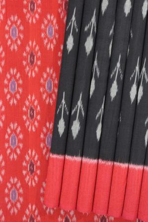 Traditional Pochapally Ikat South Indian Saree (1)