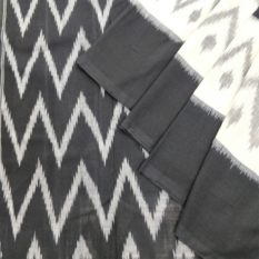 Black-White Double Ikat Pyramid Pattern Pure Cotton Pochampally Saree