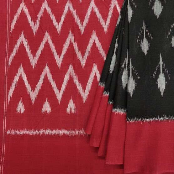 Floral Patterned Black Saree with Zigzag Patterned Red Pallu Online