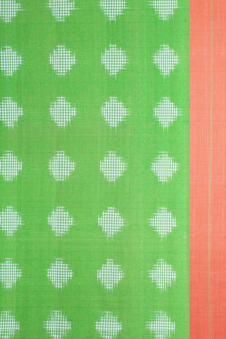 Green-Orange Double Ikat Jumbo Dotted Pattern Pure Cotton Saree Online (3)