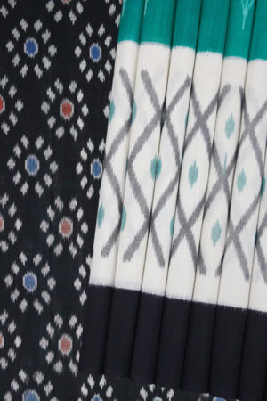 Green-White-Black Double Ikat Saree with Floral Pattern (1)