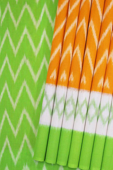 Seamless Pattern Designed Pochampally Double Ikat Saree Online