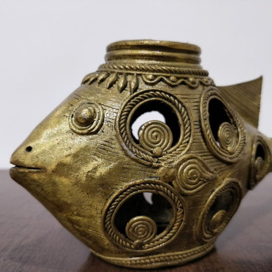 Dhokra-Art-Fish-Candle-Holder A4