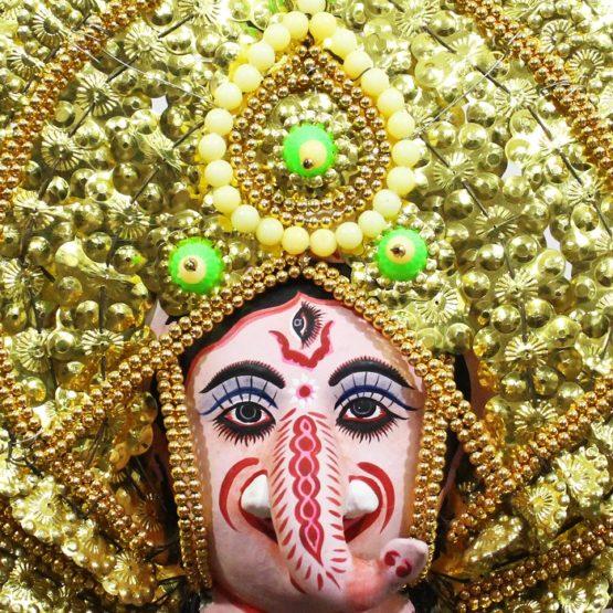 Golden Ganehsa Chhau Mask Online - Leaf Design (1Ft) (2)