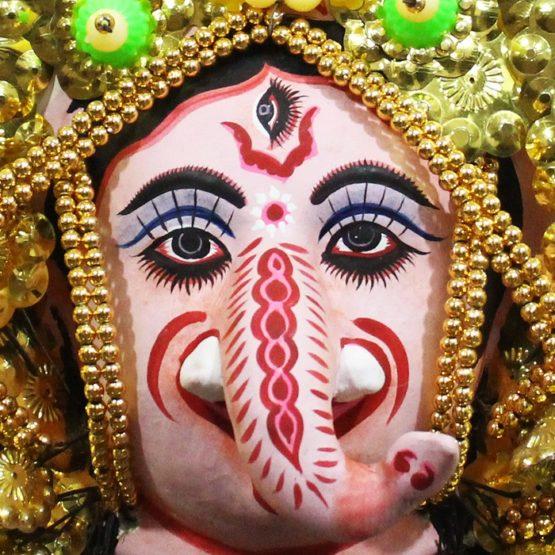 Golden Ganehsa Chhau Mask Online - Leaf Design (1Ft) (3)