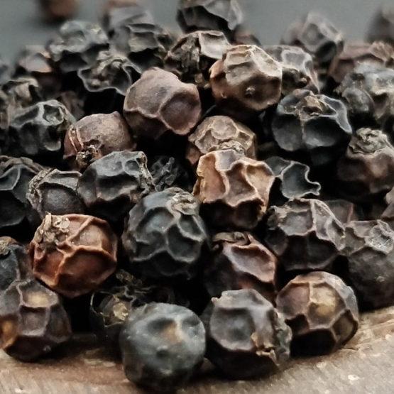 Malabar black pepper whole 1