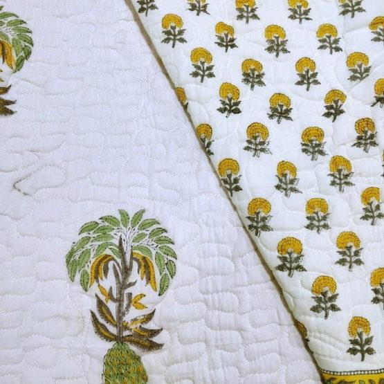 GiTAGGED White Floral Motif Sanganeri Hand Block Printed Comforter 4