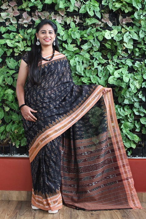 Orissa Ikat Black and goldochre Border Deha Banda Cotton Saree 4