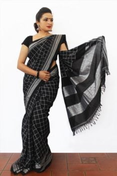 Ilkal Black and white small checks and Black pallu Cotton-Silk Saree 1