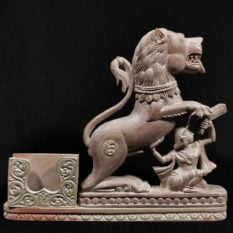 stone lion statue pen stand 1