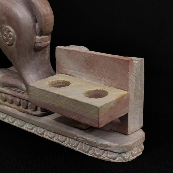 stone lion statue pen stand 5