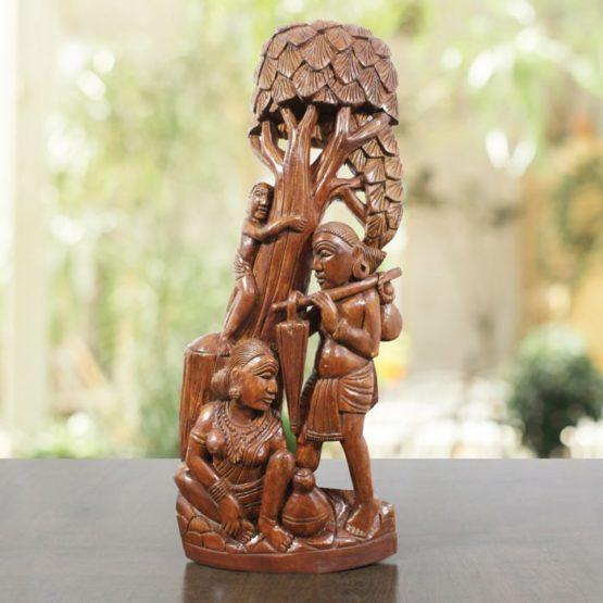Bastar Wooden Tree Climbing Artwork 1