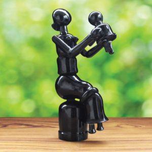 Black Wooden Sitting Mom Toy (1)