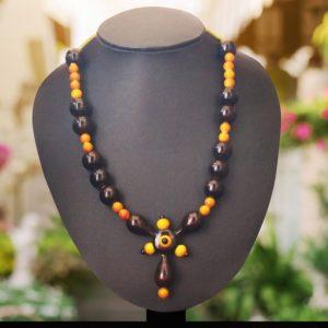 Brown cone bead necklace 1